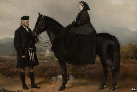 Queen Victoria portrait up for auction